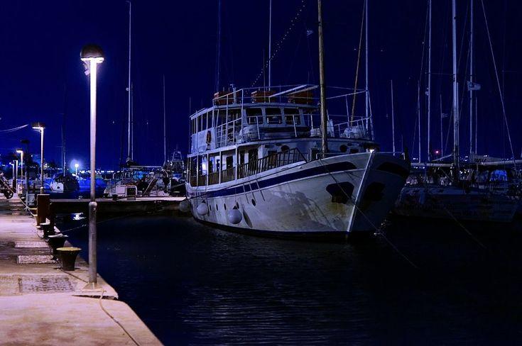 Νύχτα Νοέμβρη στη μαρίνα της Καλαμαριάς (Νοέμβριος)