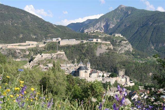 Les 9 meilleures images du tableau briancon citadelle - Office tourisme montgenevre hautes alpes ...