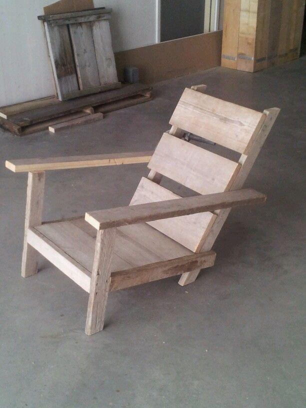 Loung- / zonnestoel van (oud) gebruikt steigerhout. Bekijk ons volledig portfolio via: www.facebook.com/DeJongVintageDesign