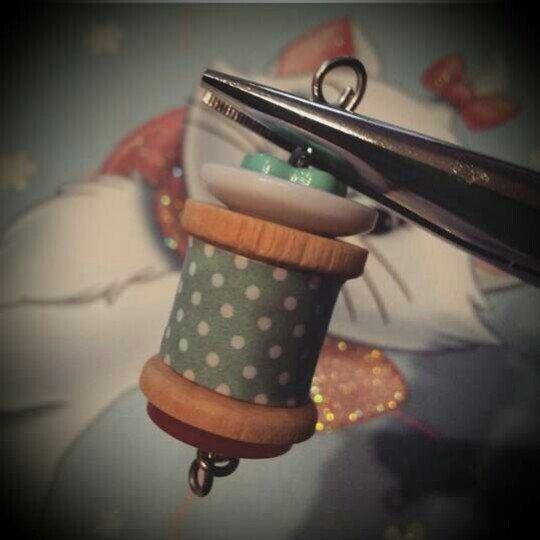 Qui potete vedere come monte le mie wood spool necklace.