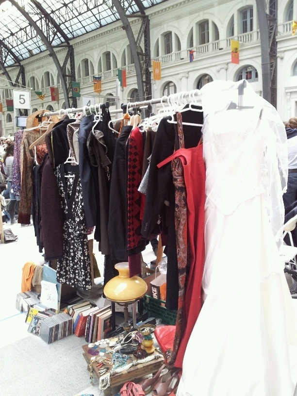 Details from our stall at Lost and Found second hand market, March 2012, Barcelona (Estación de Francia). (Yes, it´s a wedding dress... Not mine, too fluffy for my taste, ha ha ha).