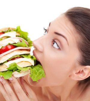 Zastanawiasz się jak utrzymać niską wagę zaraz po zakończonej diecie? U nas znajdziesz trochę ciekawych informacji http://preparat.eu/jak-utrzymac-niska-wage-po-odchudzaniu/