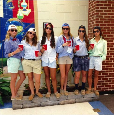 Inexpensive DIY Halloween Costumes for You and Your Friends | Her Campus