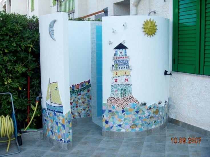 Oltre 25 fantastiche idee su Doccia da giardino su ...
