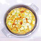 Frittata met courgette en harissa - recept - okoko recepten