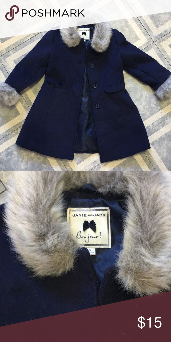 Janie and Jack little girls peacoat Perfect! Only worn twice! No stains ! Janie and Jack Jackets & Coats Pea Coats
