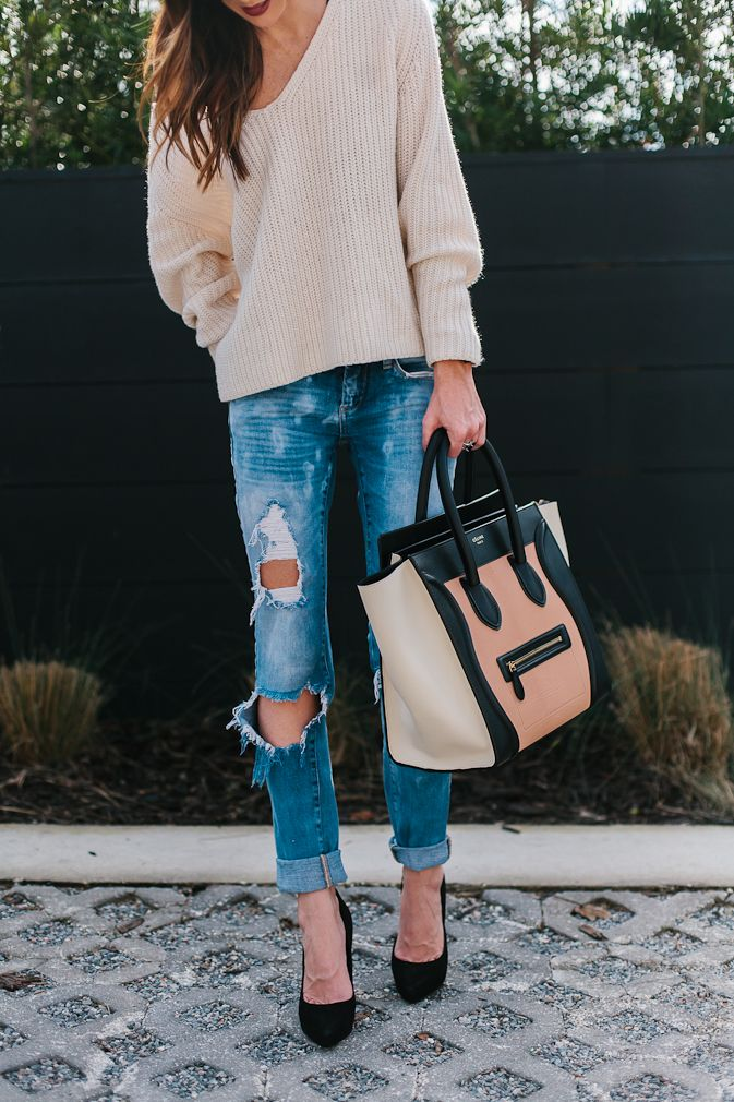 Styling the cutest slouchy sweater, distressed denim & sharing my new love for bralettes in todays post + spilling the scoop on what I've been up to BTS!