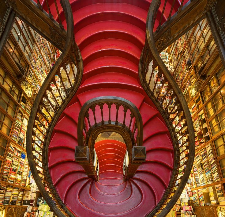 Magnificent Libraries Photographed Around Europe