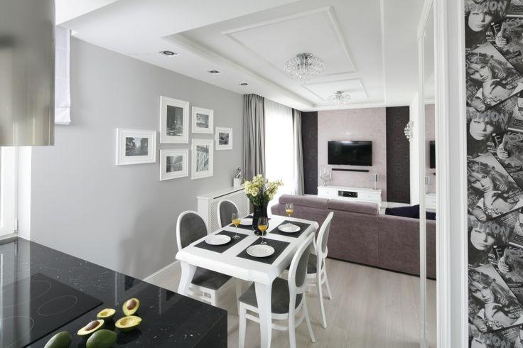 Czarno-biały salon. Zobacz galerię modnych aranżacji  - zdjęcie numer 6