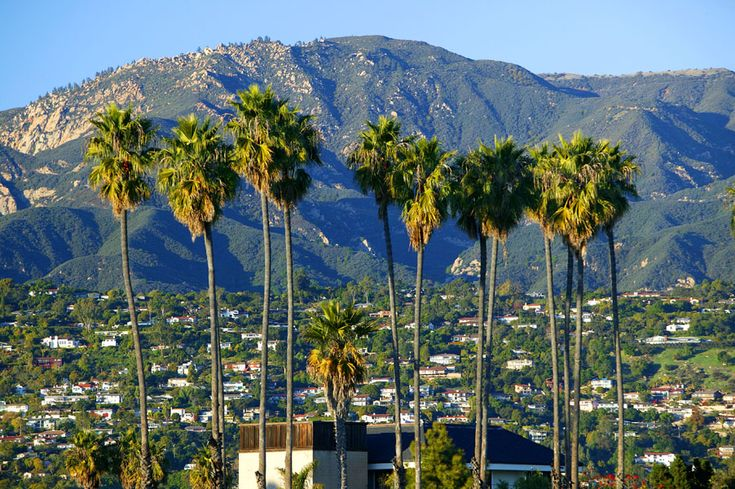 Situated on a south-facing section of coastline, the longest such section on the West Coast of the United States, the city lies between the steeply rising Santa Ynez Mountains and the Pacific Ocean.