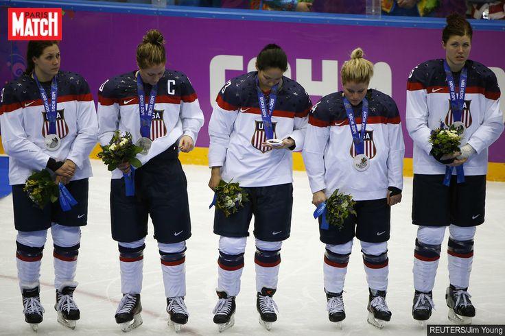 La colère des hockeyeuses américaines à qui l'on refuse l'égalité avec les hommes Les joueuses de hockey américaines menacent de boycotter les championnats du monde qui doivent débuter vendredi. La Fédération américaine refuse ... http://www.parismatch.com/Actu/Sport/La-colere-des-hockeyeuses-americaines-a-qui-l-on-refuse-l-egalite-avec-les-hommes-1220642
