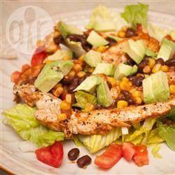 Куриный салат Фиеста