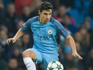 Jesus Navas 'to meet with Sevilla on Tuesday' #Transfer_Talk #Manchester_City #Sevilla #Football