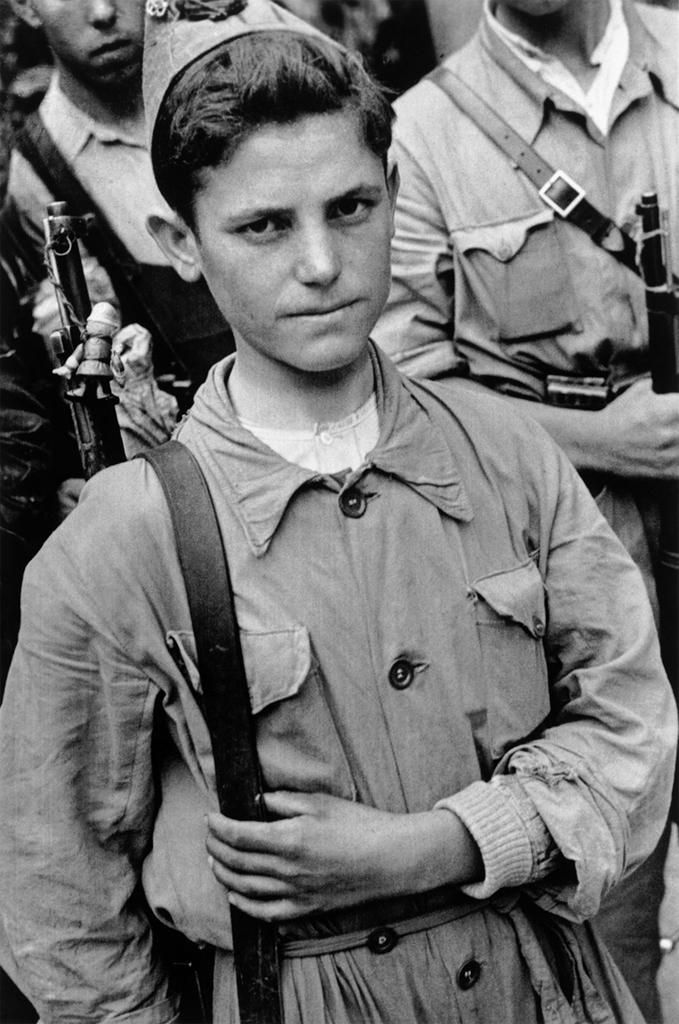 A Republican soldier in Madrid, Spain - 1936 Photo by Robert Capa