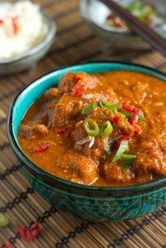 Recept voor vindaloo ons lievelings recept. In huize Es wordt het regelmatig gegeten en toch heb ik het recept nog nooit op mijn blog geplaatst. Nu wel!