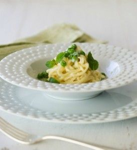 Spaghetti Carbonarra via Cristina Ferrare --- Egg-FREE