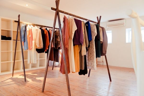 pop up shop tips for shopping a space