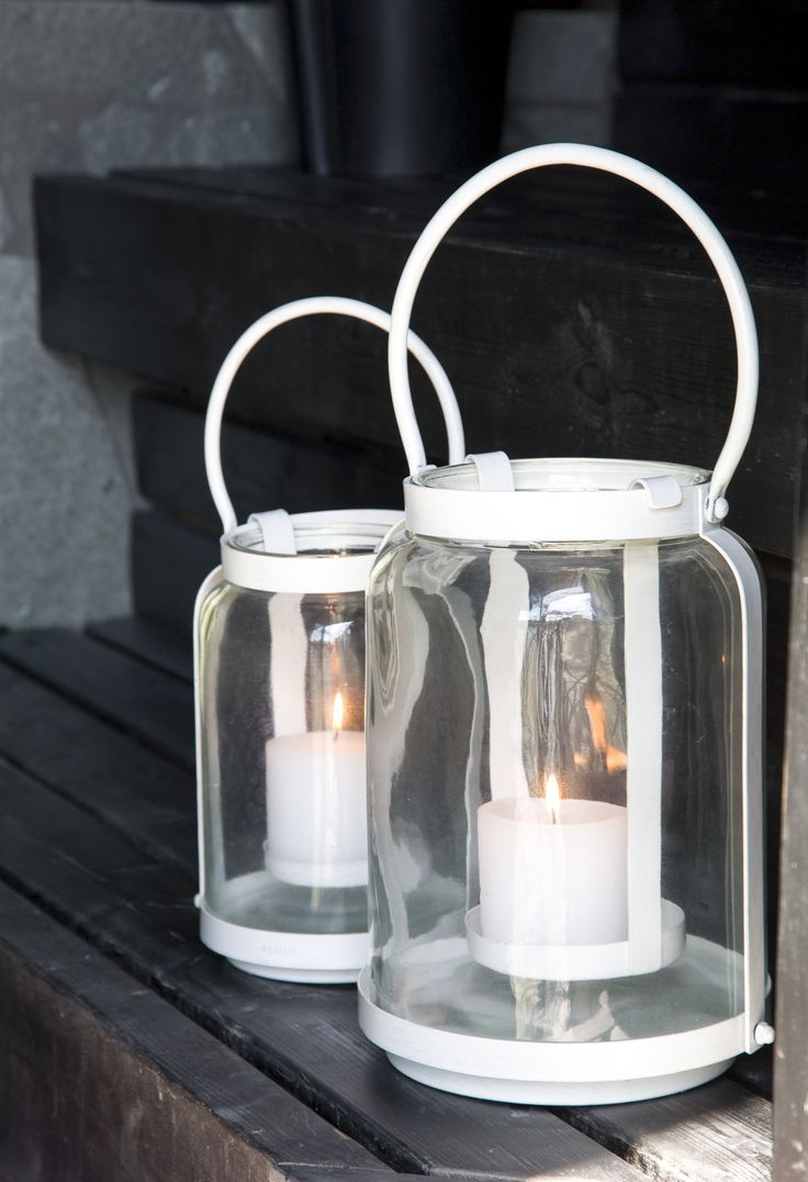 Pentik Juventus Lantern | Juventus lantern is ideal for minimalistic interiors. The lantern is available in white and dark brown, in four different sizes.