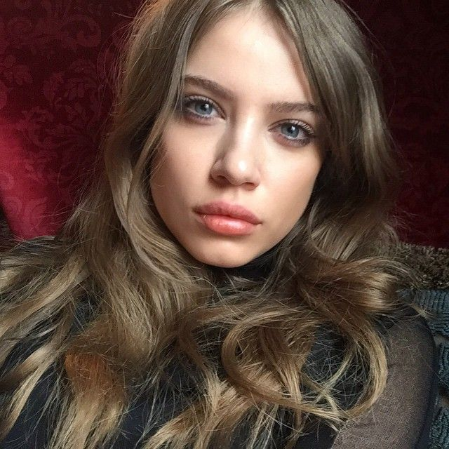 #Linda #bella #belleza #beauty #beautiful #model #modelo #cute #cutie #pretty  #glowing #sleepy #hermoza #blonde #selfie #love #blueeyes #instagood #girl #instagram #pinterest #Xenia #XeniaTchoumitcheva #hair  @xeniatchoumi @RicardoNiio