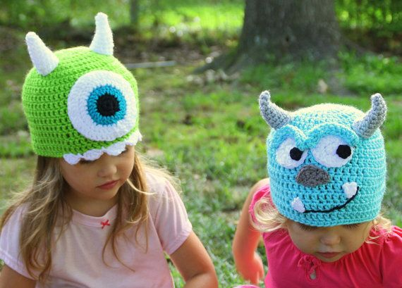 Mike and Sully Crochet hats Monsters Inc por MyThreeBlindMice