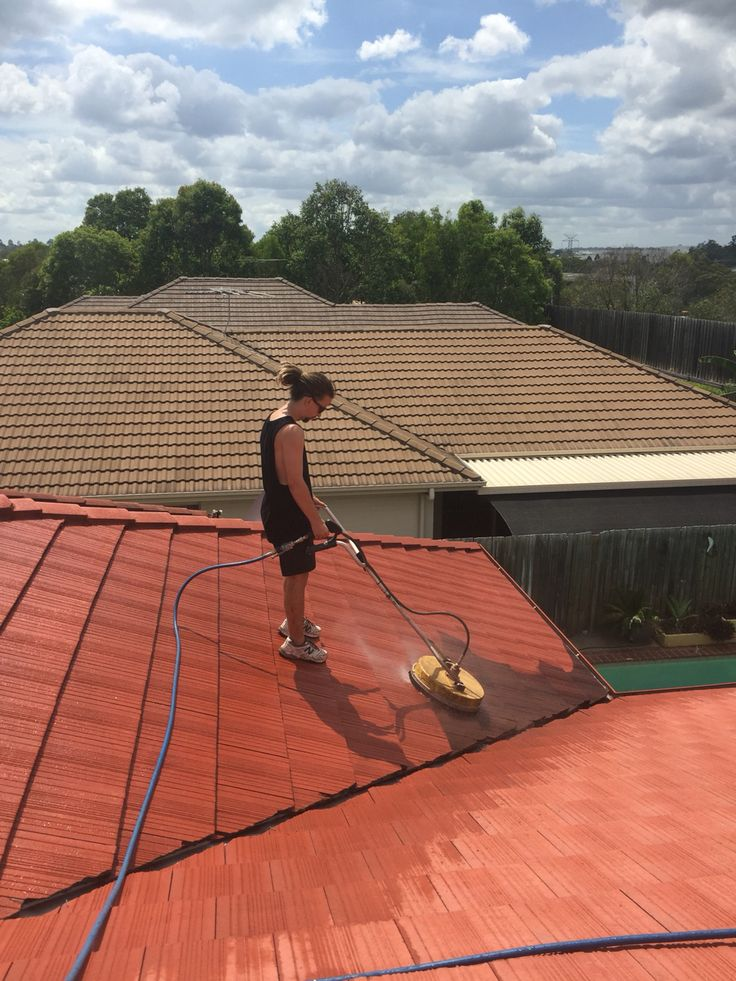 Roof wash in Brisbane by the team at Waterworx Pressure Cleaning