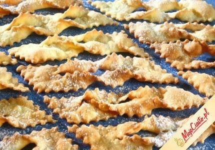 Sprawdzony przepis na Faworki. Wybierz sprawdzony przepis eksperta z wyselekcjonowanej bazy portalu przepisy.pl i ciesz się smakiem doskonałych potraw.