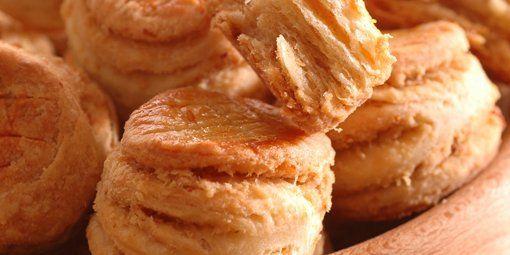 skvarkove pagaceMôžete, Chutia Asis, Skvarkov Pagac, Slovak Pastries, Koláče Recepty, Slovak Eating, Slané Dobroty, Russian Recipe, Recepty Slané
