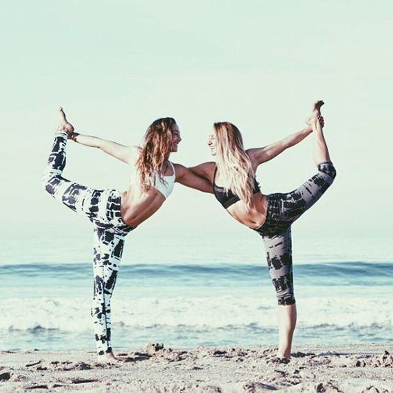 Di tutte le cose che la saggezza procura per ottenere un'esistenza felice, la più grande è l'Amicizia. #pensieri #yoga #sport #amicizia