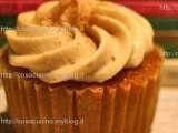 Ricetta Cupcakes all?arancia con glassa morbida alla cannella da Cosa cucino oggi? Le ricette della mia cucina |Ricette cotto e mangiato, ricettari, consigli di cucina per il tuo piatto quotidiano e ricette speciali per i giorni di festa.|