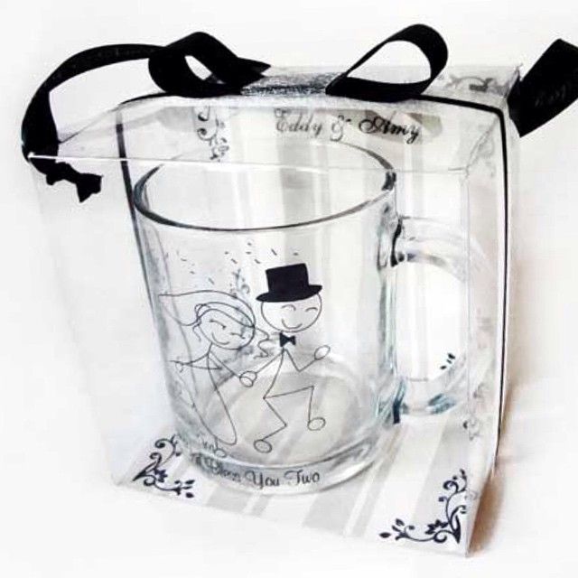 Mug souvenir wedding ... Include mika n ribbon .... Free delivery jakarta only .... Price 8500 idr .... Minimum order 200 #souvenirsurabaya #souvenirjakarta #souvenir #hamperssurabaya #hampersjakarta #hampers #birthdayhampers #birthdaysouvenir#weddingsouvenir #weddinghampers#souvenirnikah #souvenirpernikahan
