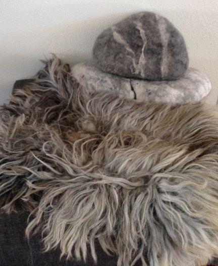 Dog Beds That Look Like Rugs: Felted Wool Carpet Rug Design Pet Bed Sheep Fleece