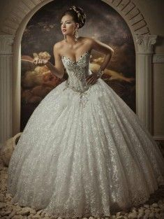 Ball Gown Sweetheart Floor-Length Sleeveless Lace Ivory Wedding Dress With Beading