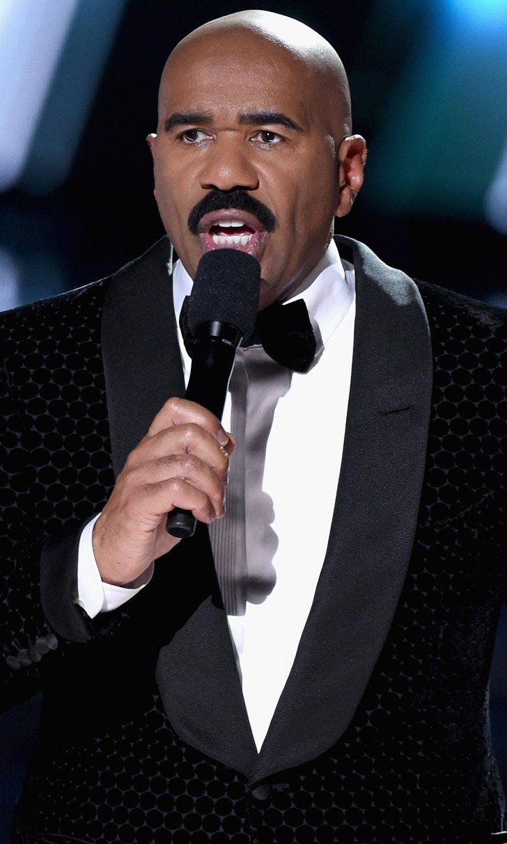 Try to Contain Your Horror at This Video of Steve Harvey Crowning the Wrong Miss Universe