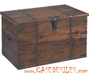 Coffre bois et Malle bois et cuir : Coffre en bois massif colonial 915