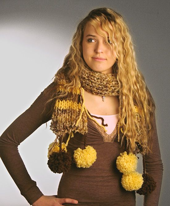 17 Best images about LOOM KNITTING-SCARVES/SHAWLS on Pinterest Knitting loo...
