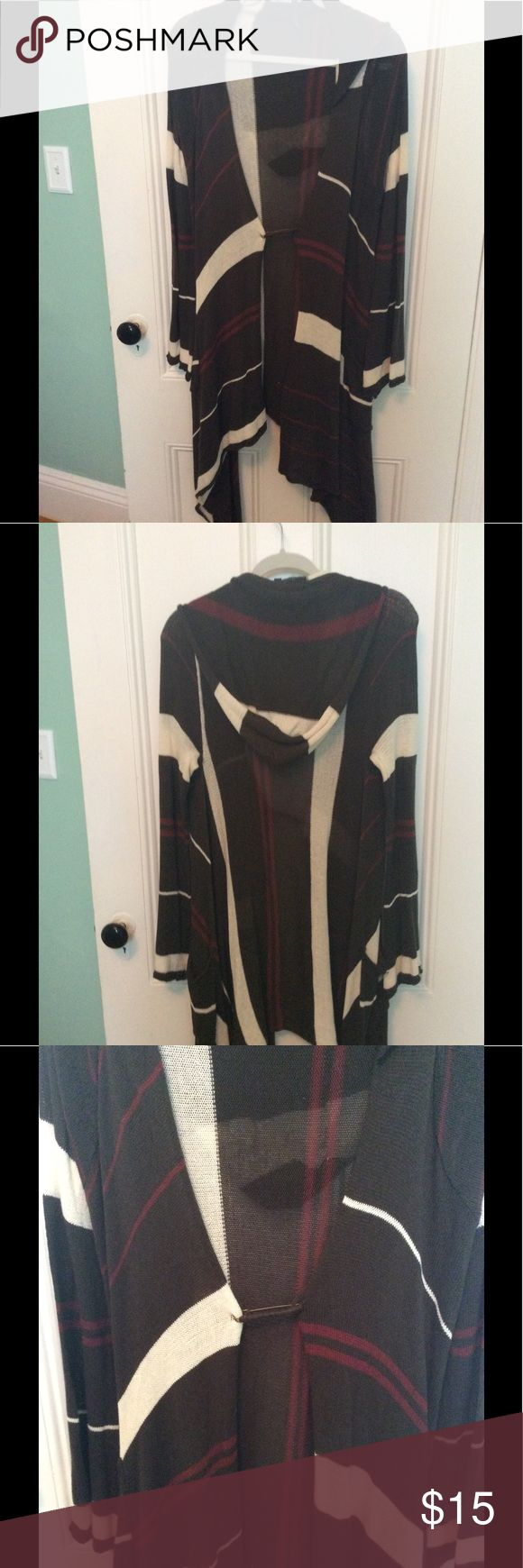 "Brown, Cream & Rust Color Hoodie Sweater Lightweight hoodie sweater!!! Perfect for fall or a cool summer evening !! Large ""safety pin"" closure in front!! No size tag but I wear an xl ..... fits a little snug so I would say it's a large !!! elan Sweaters Cardigans"