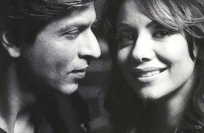 """#BharatMatrimony Couple Of the Day: Pillar of strength!  """"Gauri is my pillar of strength. She is the reason we have a good, happy and healthy family,"""" Says Shahrukh Khan  Who is responsible for a happy family? Wife / Husband / Both"""