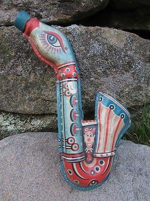 Vintage saxophone noise maker