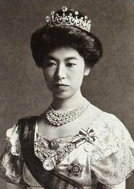 Empress Teimei, Empress consort of Emperor Taishō , wearing the Meiji Scroll Tiara, Japan (ca. 1885; made by Chaumet; diamonds).