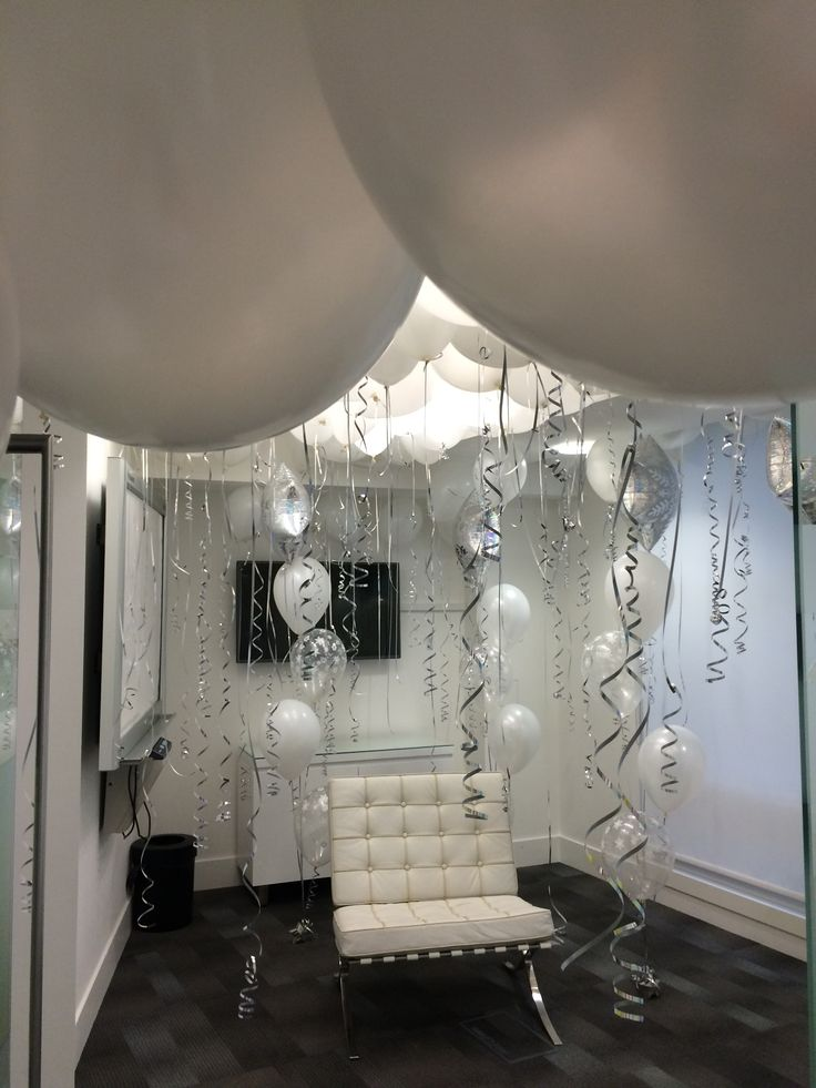 JoJoFun decorating a classy Santa Grotto. 17 Best images about Classy Balloon Decor on Pinterest   Paper
