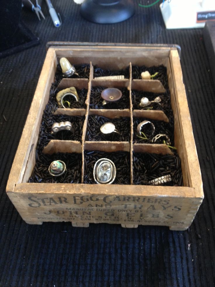 Check out Egg crate Ring Show black wild rice