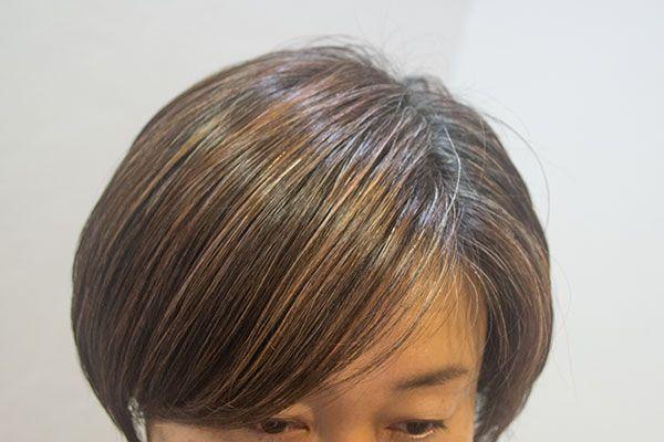 白髪を目立たなくする染め方のひとつ ヘアスタイル ロング ヘア