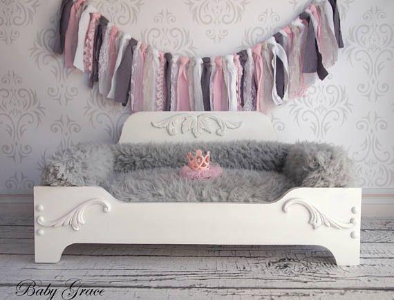 Princess Dog Bed Wood Pet Bed Newborn Prop Bed Pet