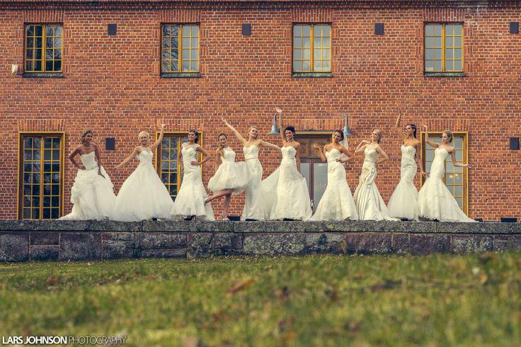 Wedding fashion 2015 in Vanajanlinna. Photo: Lars Johnson. Dresses: Niinatar