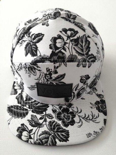 Black and white #snapback