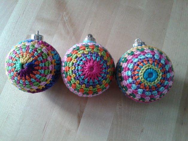 Set van drie gehaakte kerstballen