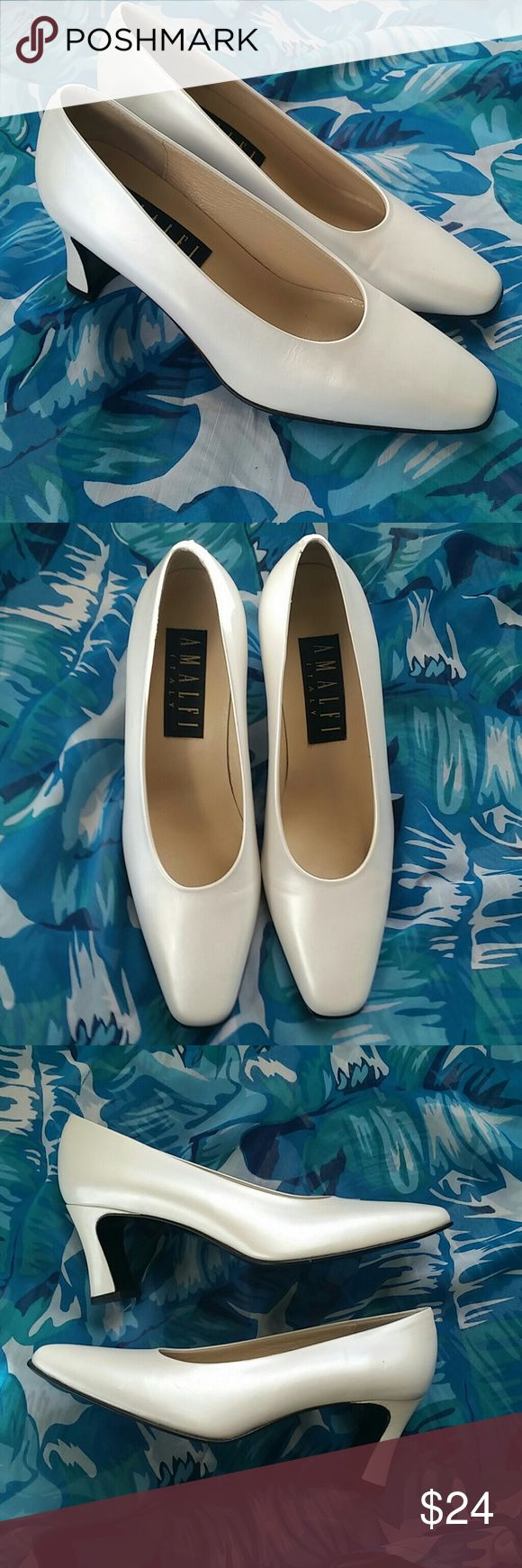 """Amalfi Pearl Leather Pumps Size 6.5B Made in Italy A lovely pair of pearl leather pumps by Amalfi in excellent preowned condition. Size 6.5B. Soles look like new. Made in Italy. 2.75"""" chunky heels. A classic color for Spring and Summer. Amalfi Shoes Heels"""