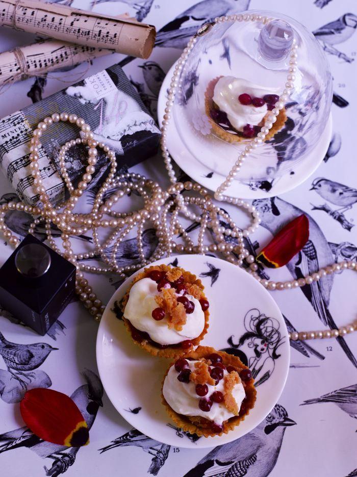 Lingonberry & caramel