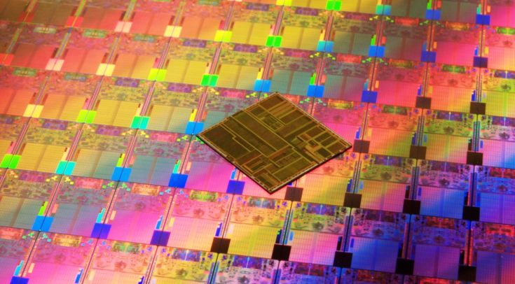 Happy 10th birthday to Intel's Core 2 Duo ||  Ten years ago today, Intel launched the Core 2 Duo. The company's then-new 65nm Conroe core set new records for efficiency and high performance. It gave Intel a serious response to AMD's Athlon 64 family, which had spent nearly three years making hash of the Pentium 4 — and it set the stage for Intel's ultimate dominance of the x86 CPU market.   #intel #intelbirthday #inteltenyears #intelcelebration #electronics