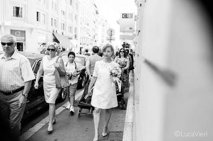 Luca Vieri Wedding Photography #bride #street